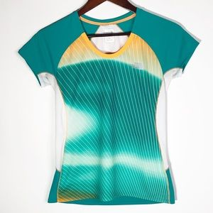 The North Face Women's Flash Dry Running Tee Small